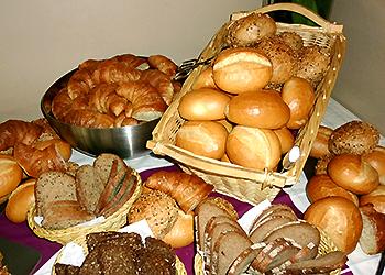 コンビニ パン