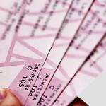 セブンイレブンでチケットを発券する方法!期限や手数料は?